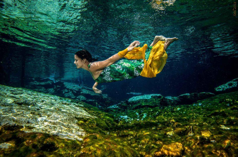 Underwater Modelling Cenote Azul – Yadira