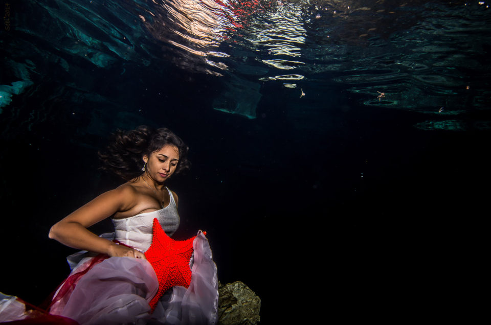Underwater Cenote Trash The Dress - America and Italo