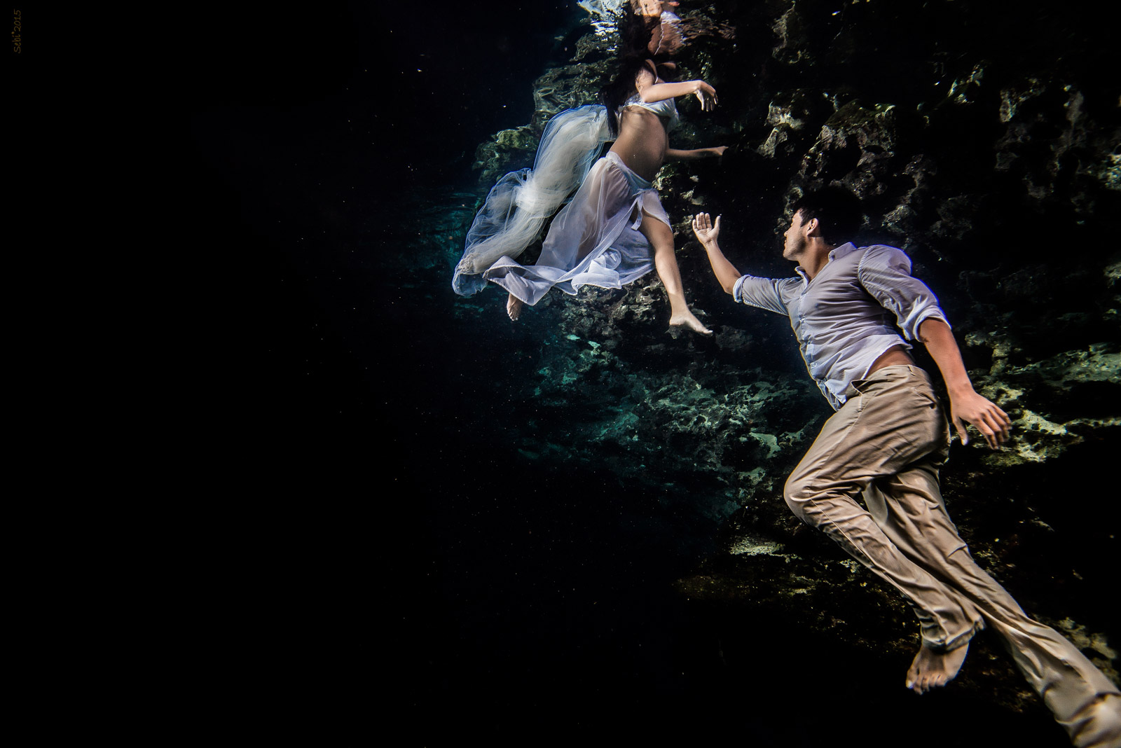Maternity Underwater Photography