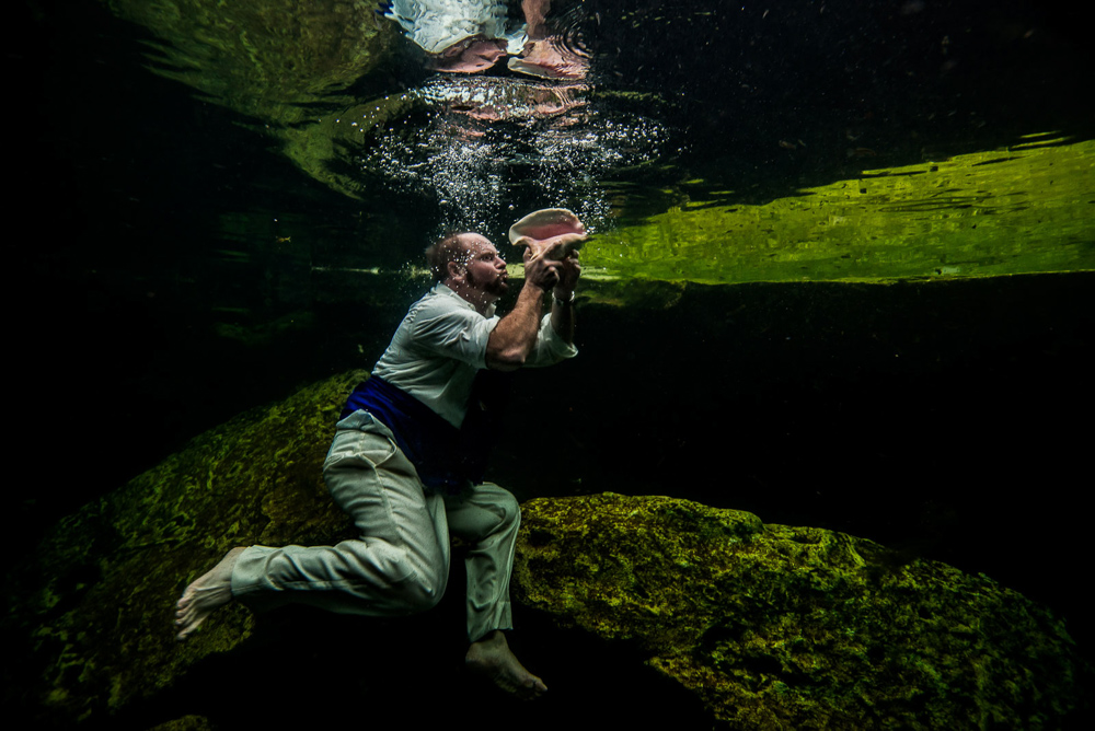 After Wedding underwater photos