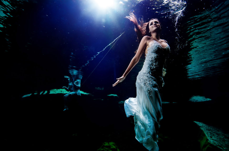 Underwater Post Wedding Photos – Natalia and Joao