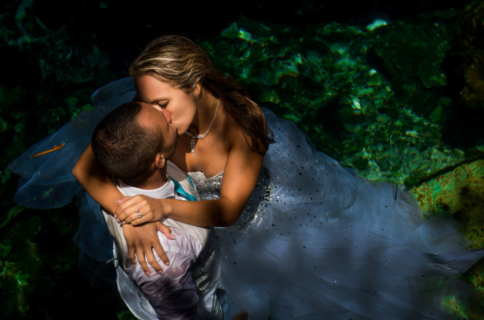 Post wedding underwater photography – Bettina & Nikolasz