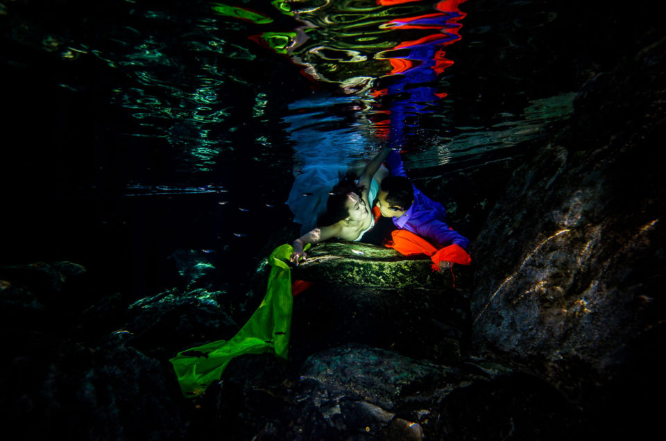 Wedding photos underwater – Courtney and Lin
