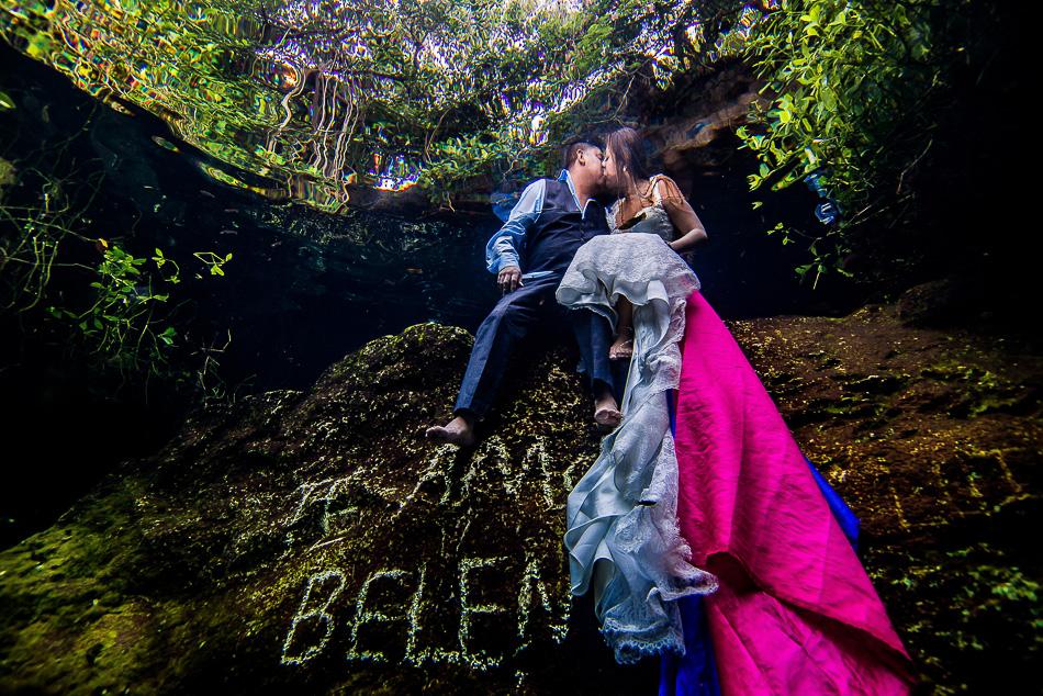 Trash The Dress Photos Underwater – Sebi Messina Photography