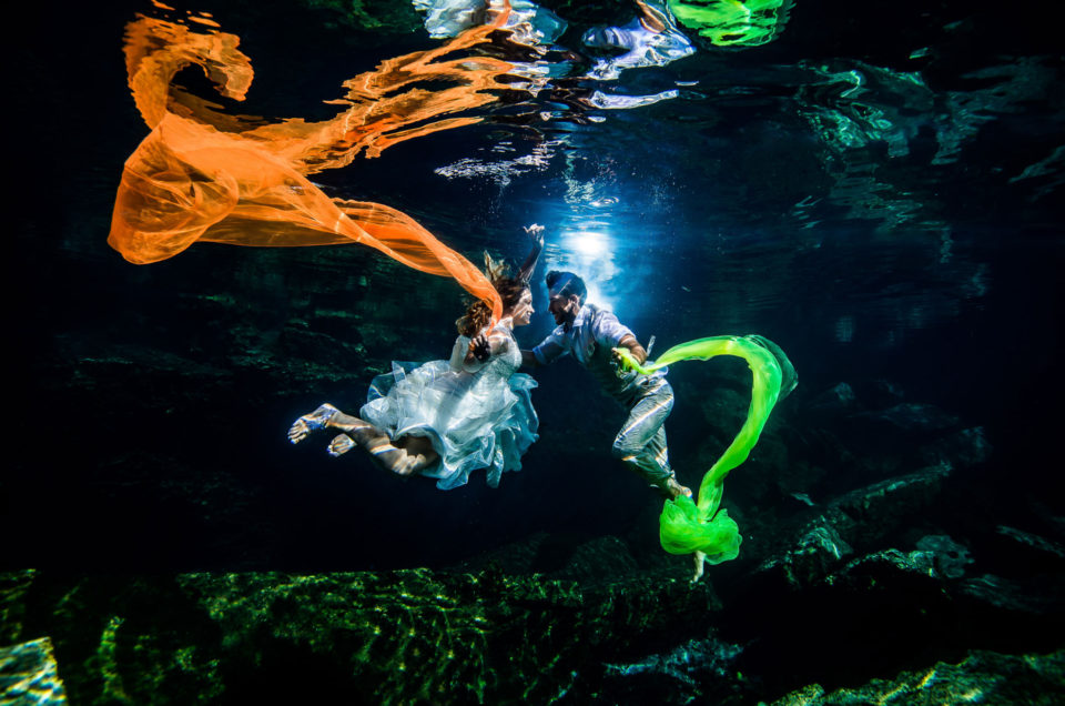Underwater Trash The Dress Mexico - Julie and Hantar