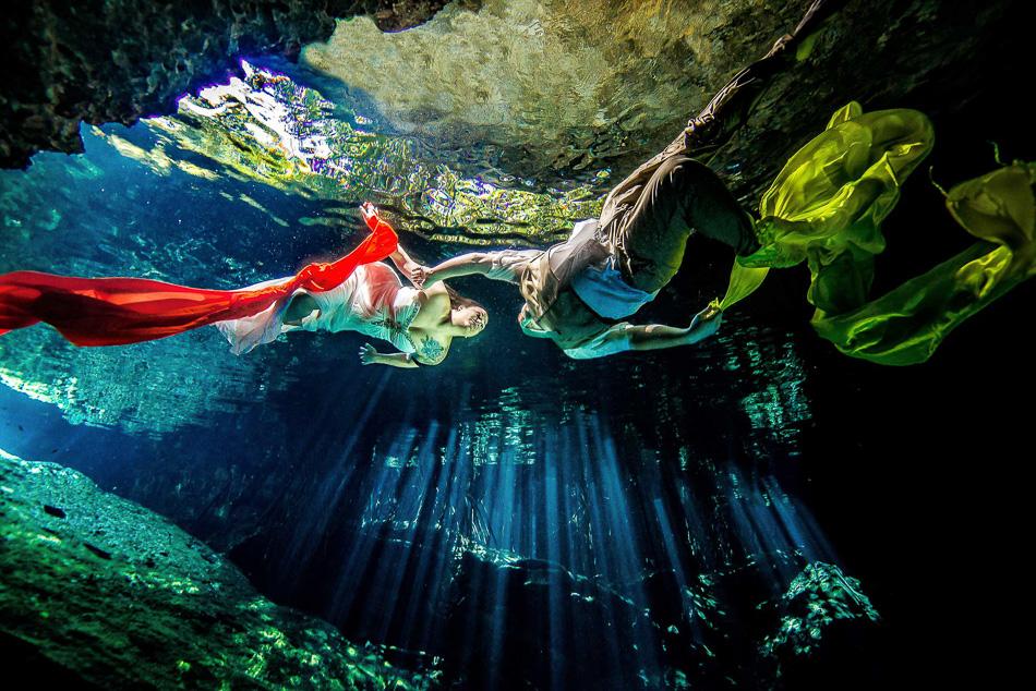 Wedding Mexico Underwater Photos