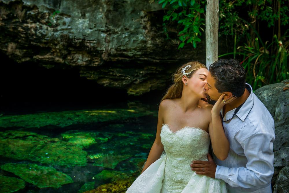 Wash Your Wedding Dress Krysel And Miguel Sebi Messina